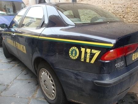 Arrestato 43enne per commercio di sostanze dopanti